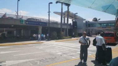 SAN JOSE - COSTA RICA, MAY 12: Juan Santamaria International Airport on May 6, 2015 in San Jose CR. In 2011, the airport was named the 3rd Best Airport in Latin America. — Stock Video