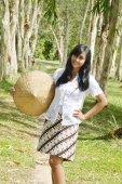 インドネシアのブライダル カップルが写真撮影を prewedding — ストック写真