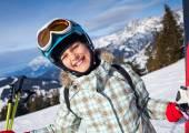 Girl has a fun on ski — 图库照片