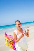 Meisje met kite — Stockfoto