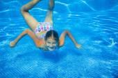 Underwater girl — Stock Photo
