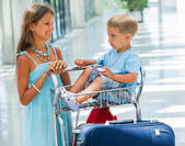 Kids in the airport — Stock Photo