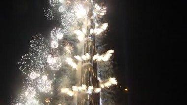 Massive Fireworks Display at Burj Khalifa Inauguration Ceremony — Stock Video