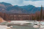 Beautiful spring landscape of the Western Sayan mountains — Photo