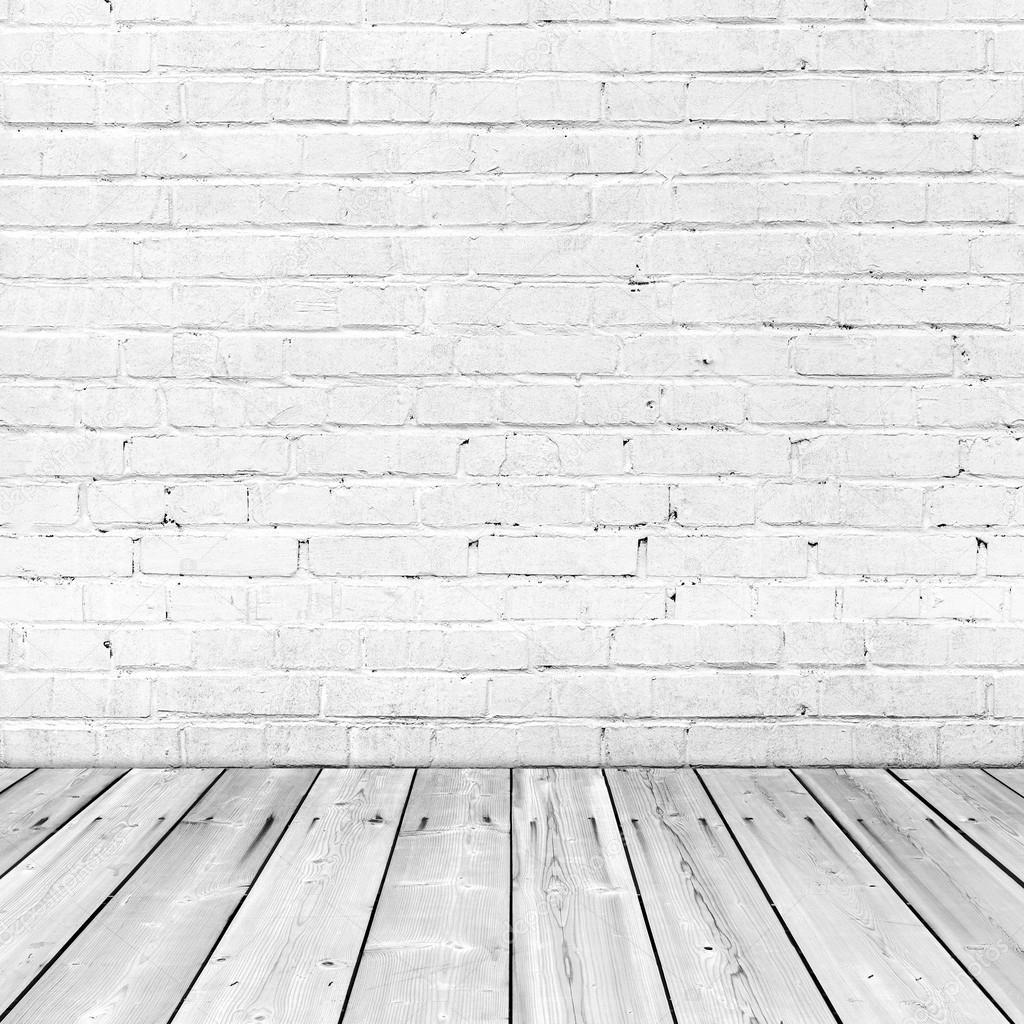 Weiße Mauer und Holzboden, quadratischen Innenraum ...