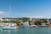 Yachts and pleasure boats are moored in marina of Balchik town — Stock Photo