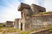 Old bunker from WWII period. Totleben fort island — Stock Photo
