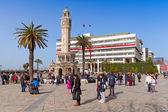Konak Square with tourists walking near clock tower — Stock Photo