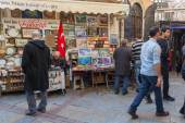 Turkish bazaar view with sellers and walking buyers — Stock Photo