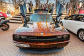 Dodge challenger with aggressive street race design — Stock Photo