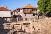Street view of Nesebar, Bulgaria. Typical revival houses — Stock Photo