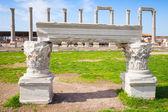 White portico fragment and columns, Smyrna — Stock Photo
