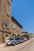 Street view with parked cars. Sartene, Corsica — Stock Photo