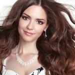 Beauty fashion smiling girl model portrait. Long healthy Wavy ha — Stock Photo #54897667