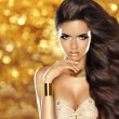 Fashion brunette girl with Long wavy hair, beauty makeup, luxury — Stock Photo #64086963