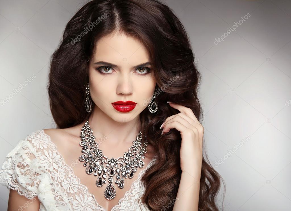 Фото красивые девушки с макияжами