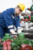 Operátor výroby plynu — Stock fotografie