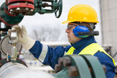Gas Production Operator — Stock Photo