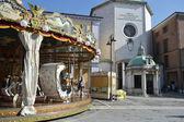 Carousel on Piazza Tre Martiri in the center of Rimini — Foto de Stock