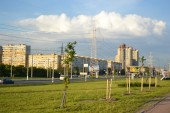 Park and residential suburb of St. Petersburg. — Stock Photo