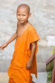 Young monk in wat Leu — Stock Photo