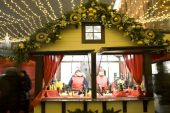 Christmas market in Moscow — Stockfoto