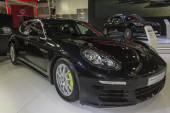 Porsche Panamera S e-hybrid — Stockfoto