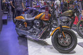 Harley - Davidson DYNA FAT BOB Motorcycle — Stock Photo