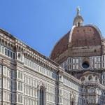 Duomo Santa Maria Del Fiore and Campanile. Dome of Santa Maria cathedral — Stock Photo #53309587