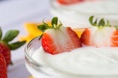 Strawberry Yogurt — Stock Photo