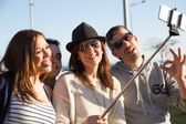 Young people making a selfie — Stockfoto
