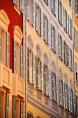 Old town architecture of Nice on French Riviera — Stock Photo