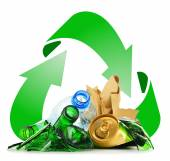 Recyclable garbage consisting of glass plastic metal and paper — Foto Stock