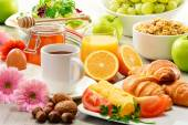Composition with breakfast on the table. Balnced diet. — Stock Photo