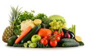 Assorted raw organic vegetables isolated on white — Stock Photo