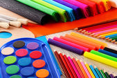 Composition with school accessories for painting and drawing — Stockfoto