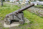 Old cannon defense Ribadeo in Lugo, Spain — Stock fotografie