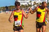 XXV Athletic traverse Rota's beaches — Stockfoto