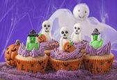 Halloween cupcakes — Stock Photo