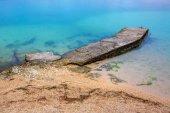 Spiaggia rocciosa del mare — Foto Stock