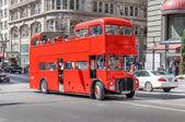 Double decker tourist bus in San Francisco — Stock Photo
