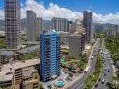 Ala Moana Boulevard in Waikiki — Stock Photo