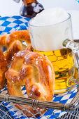 Pretzels and bavarian beer — Stock Photo