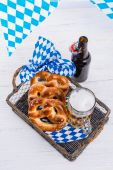 Pretzels and bavarian beer — Stock Photo