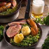 Dinner with potato meat  and Kale or borecole — Fotografia Stock