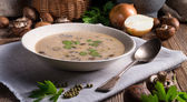 Creamy Mushroom Soup — Stock Photo