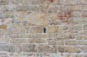 ściany budynku z ślady prac konserwatorskich — Zdjęcie stockowe