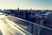 Walls of glass on the roof of a house in the city — Stock Photo
