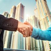 Business-handshake — Stockfoto