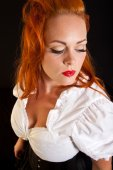 Red hair girl in pin-up style portrait — Stock fotografie